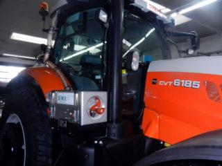 STE-6185CVT Traktor (2)