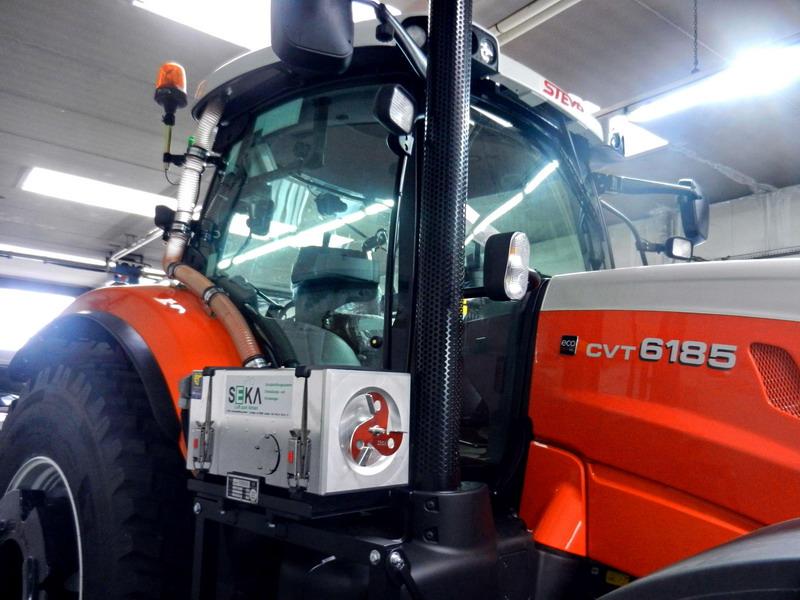 STE-6185CVT Traktor (3)