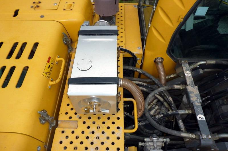 VOL-EC 210 Kettenbagger (2)